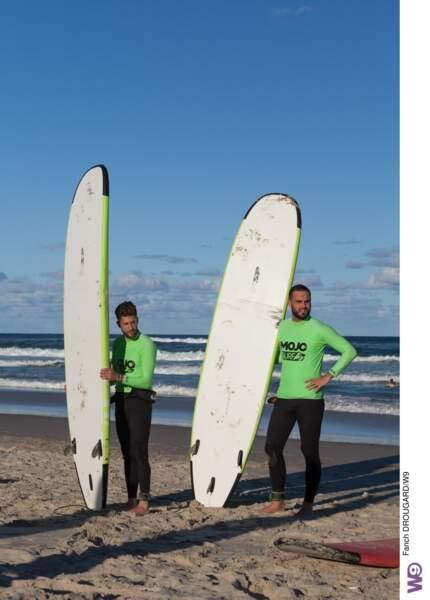 Nikola et Paga, sérieux avant d'aller surfer