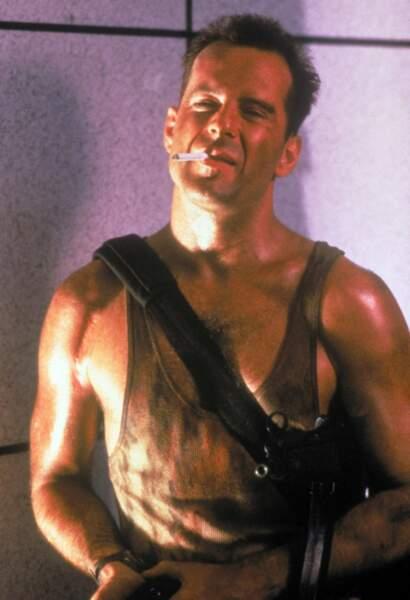Bruce Willis fait partie de ces héros infatigables...