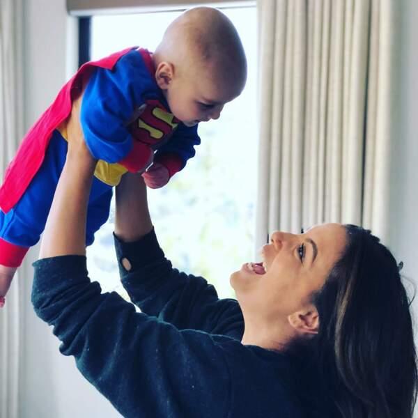 Elle ne perd jamais une occasion pour rire avec son bébé