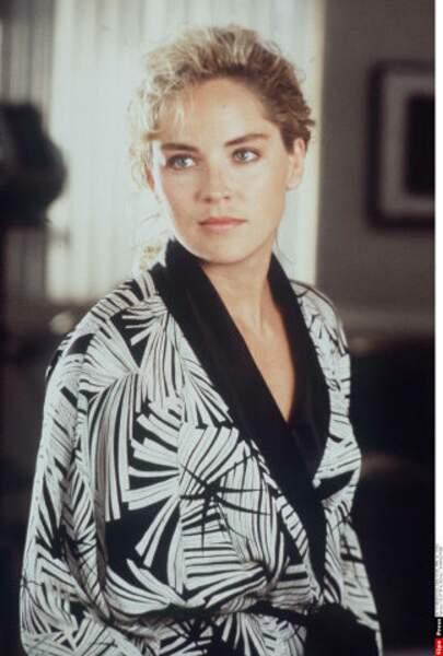 Charmante dans Total Recall (1990)