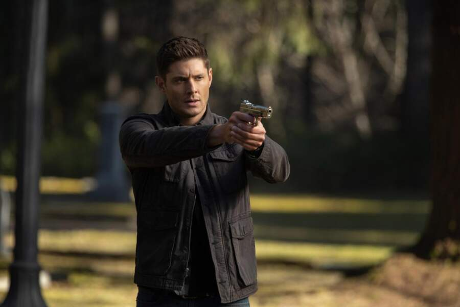 Quinze ans plus tard, la série s'achève en 2009 et Jensen Ackles est toujours aussi sexy