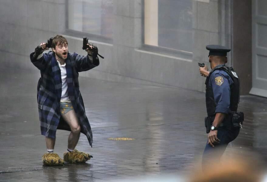 Et la police ne devrait pas tarder à l'arrêter ! (Bien sûr tout cela reste de la fiction !)