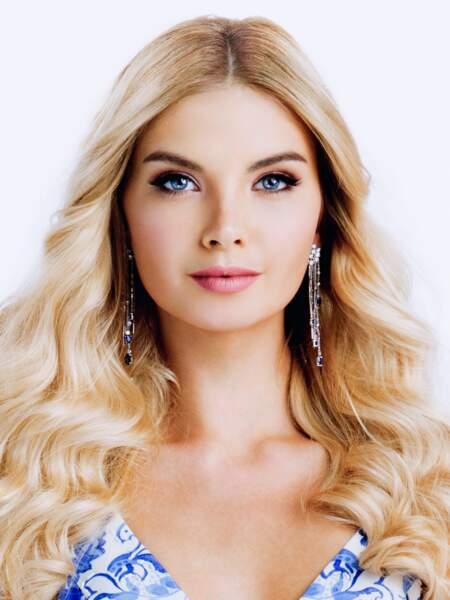 Polina Popova pour la Russie