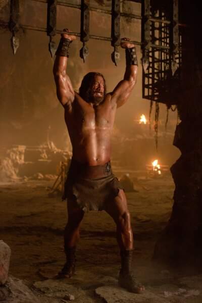 Une vraie montagne de muscles ! Woah !
