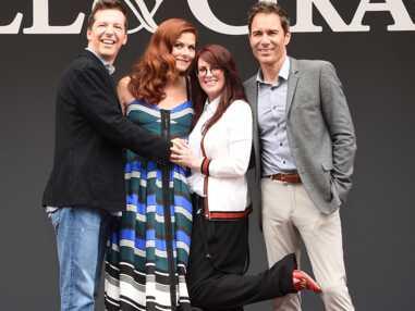 Un baiser, un ruban et des confettis : les acteurs de Will & Grace démarrent le tournage