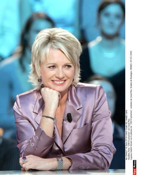 L'animatrice en 2005 sur le plateau de 20h10 Pétantes, sur Canal+