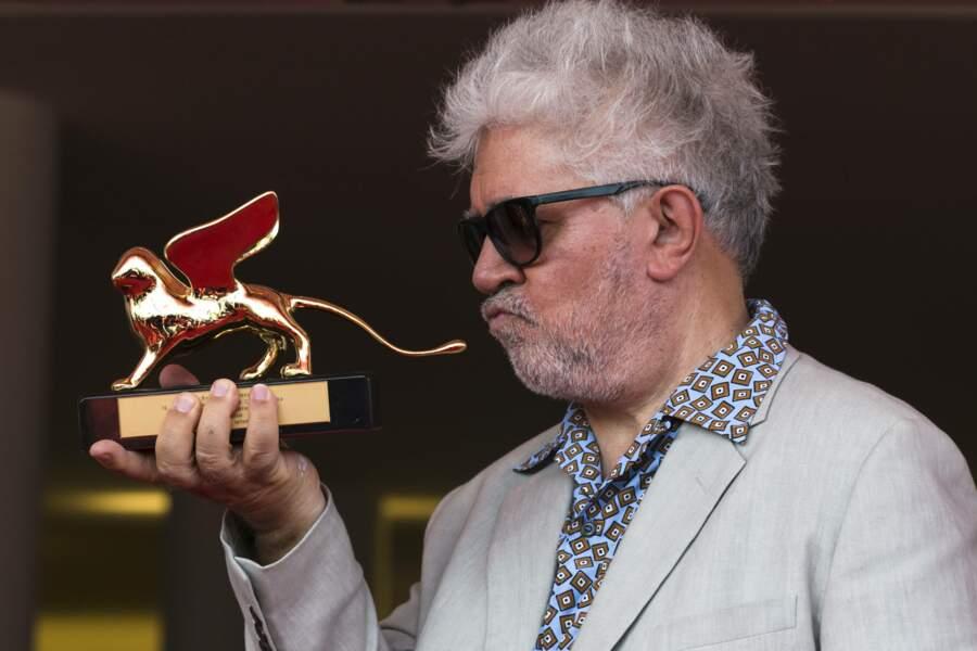Pour l'ensemble de son oeuvre, Pedro Almodovar reçoit le lion d'or à la mostra de Venise en 2019