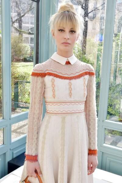 On adore la robe que portait Sveva Alviti, actrice principale de Dalida, chez Valentino.