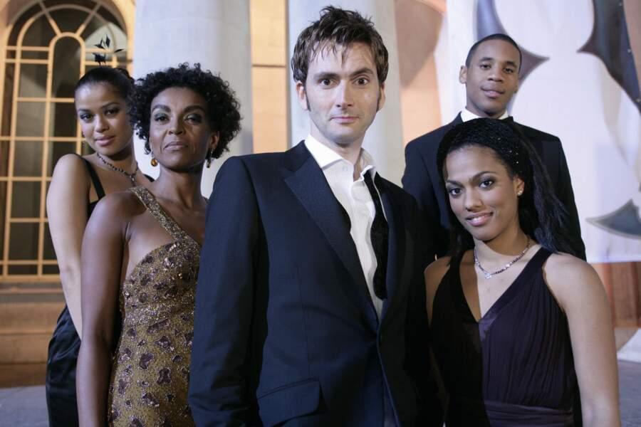 De 2005 à 2010, David Tennant reprend le rôle titre et devient le 10ème et le plus populaire Doctor Who