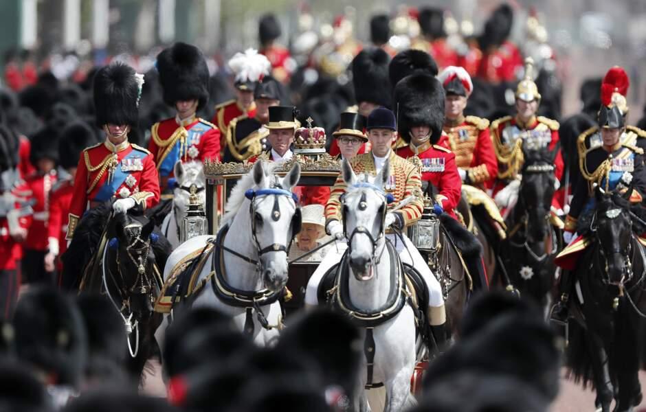 1400 soldats, dont 200 à cheval, ont défilé ce 8 juin pour Trooping the Colour