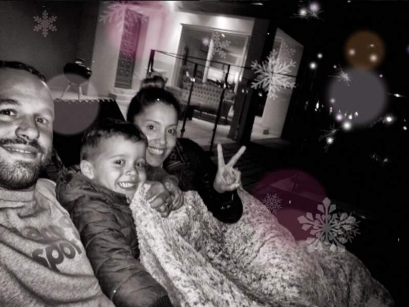 Joyeux Anniversaire Frédéric ! Avec ses enfants et sa femme Cindy, il est bien entouré
