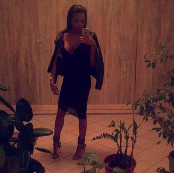 Elle nous a habitués à des robes sexy dans Bachelor... Il y en a également sur son compte Instagram