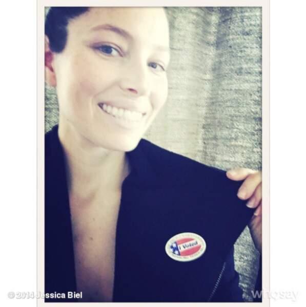 Sa célébrité elle s'en sert pour passer des messages, allez voter les gens !