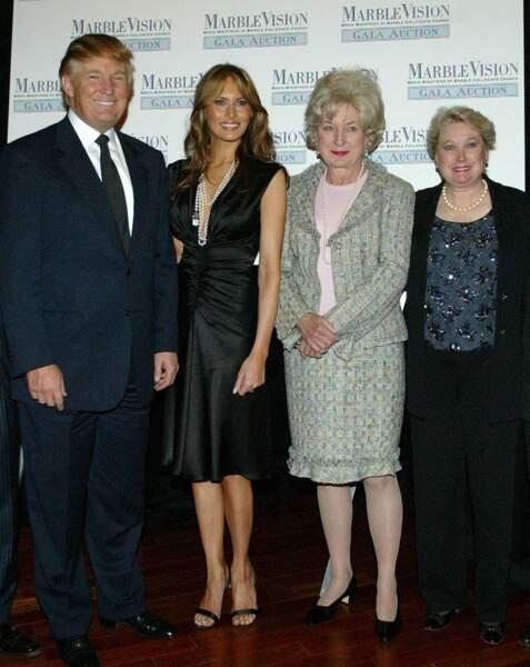 La famille c'est sacré pour Trump qui voient en ses sœurs Maryanne et Elisabeth (à droite) d'excellents conseillers