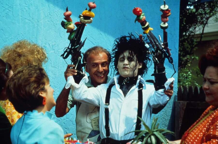 1990. Johnny Depp enfile la paire de ciseaux dans Edward aux mains d'argent