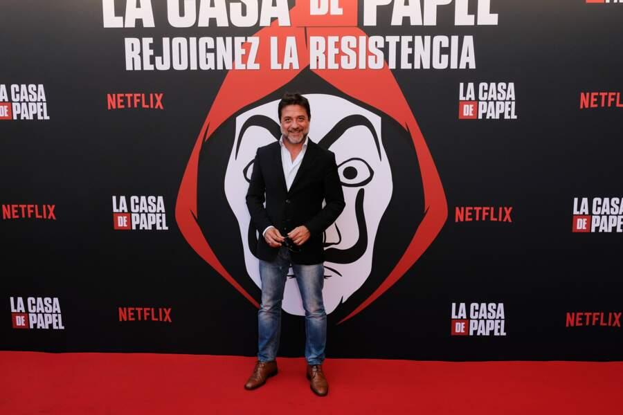 Enrique Arce, qui incarne Arturo Roman dans la série, était aussi invité