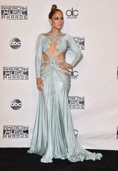 La maitresse de cérémonie Jennifer Lopez