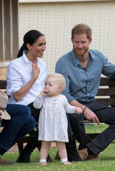 Meghan et Harry s'amusent aux côtés de cette petite fille