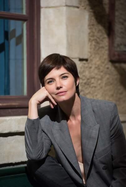 Delphine Chanéac jouait Amélie Paquin, une psychologue scolaire qui cachait bien son jeu. Son destin sera fatal