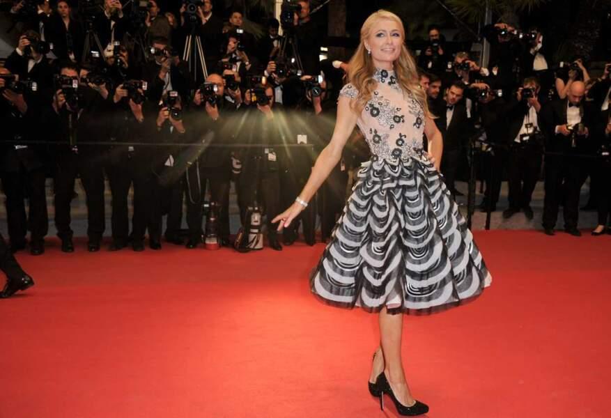 Paris Hilton vient-elle présenter son nouveau film sur la Croisette : L'art du vide, l'art du rien ?