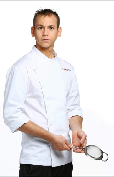 Nicolas Seibold, 22 ans, est demi-chef de partie dans les cuisine de La Dame de Pic, à Paris