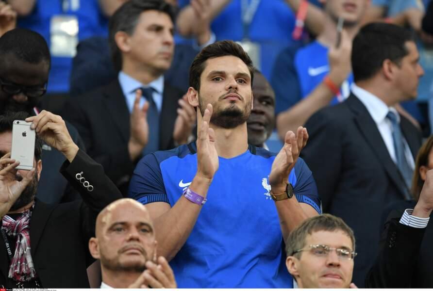 Florent Manaudou est venu applaudir les Bleus