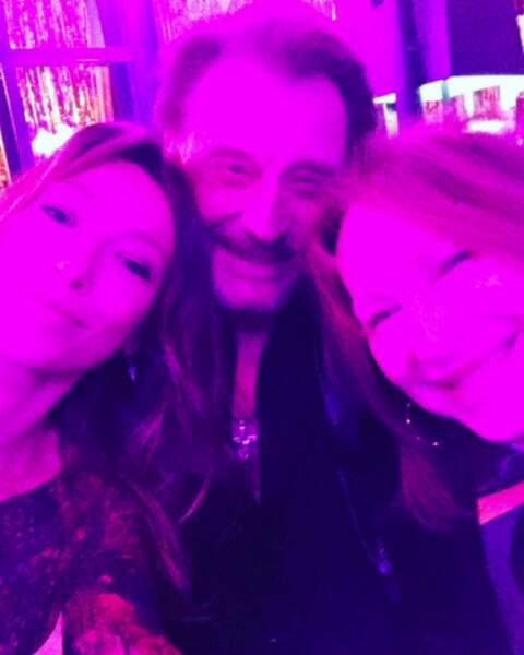 Photo de famille : sa rock star de père et Nathalie Baye, sa maman !