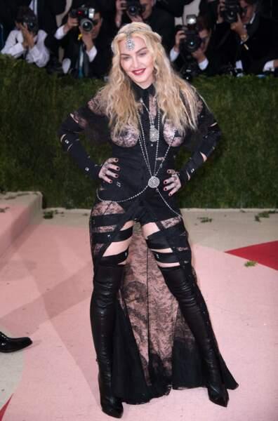 Madonna : devant ça va encore…