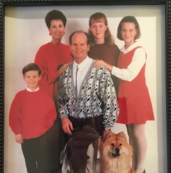 Et Katy Perry a carrément sorti la photo de famille dossier (c'est elle à droite).