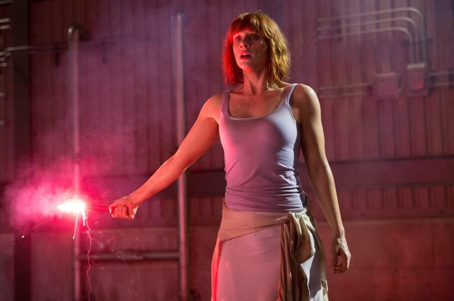 L'été dernier, elle était dans Jurassic World et prochainement dans le remake de Peter et Elliott le dragon