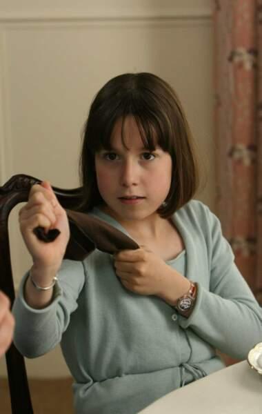 Voilà Charlotte (Cannelle Carré-Cassaigne), la troisième de la famille Lepic. Elle débute la série toute jeune...