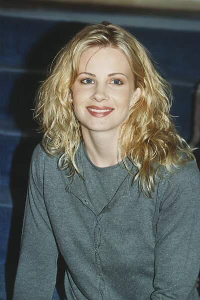 Monica Potter est la première à s'être glissée dans la peau de Sharon...