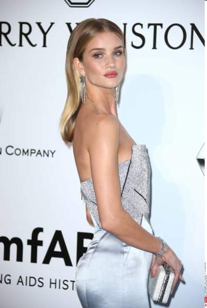 Très belle Rosie Huntington-Whiteley