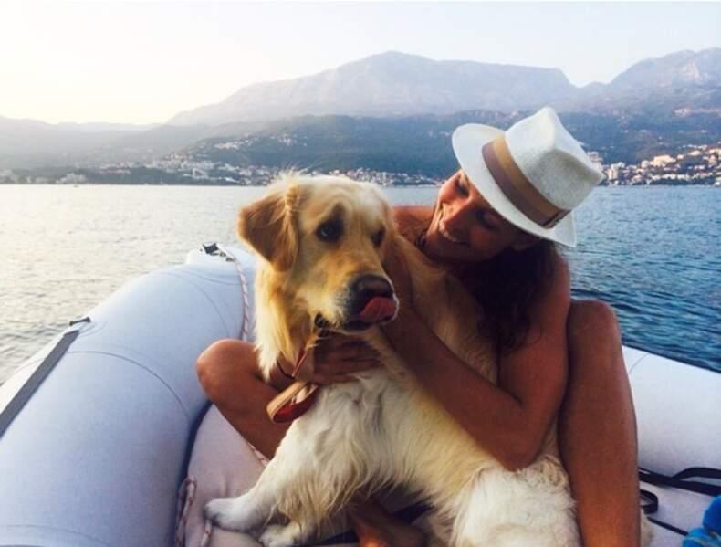 D'ailleurs, Laury Thilleman a exactement le même chien. Trop mignon, non ?