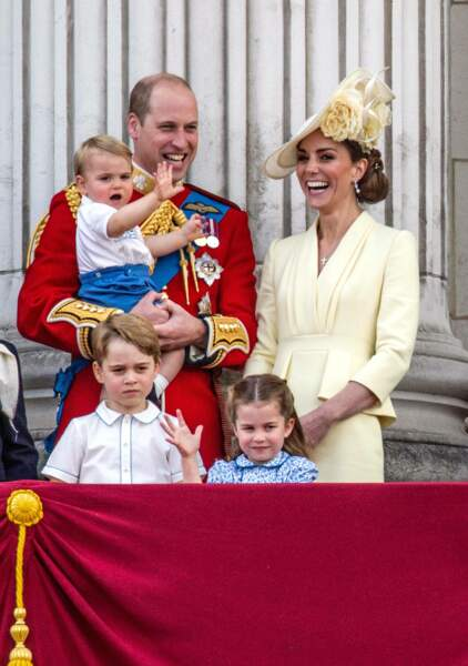 Ils vivent heureux et ont 3 enfants : George, Charlotte et Louis, respectivement 6, 4 et 1 ans en juin 2019