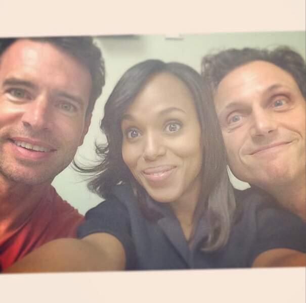 Petit selfie pour l'équipe de Scandal. Toujours aussi glamour, Kerry Washington !