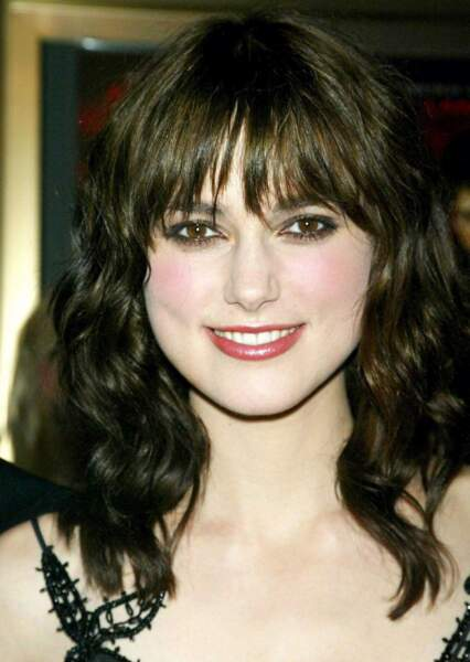 Zoom sur Keira Knightley. Ici, en 2004, elle a 19 ans (et trop de maquillage)