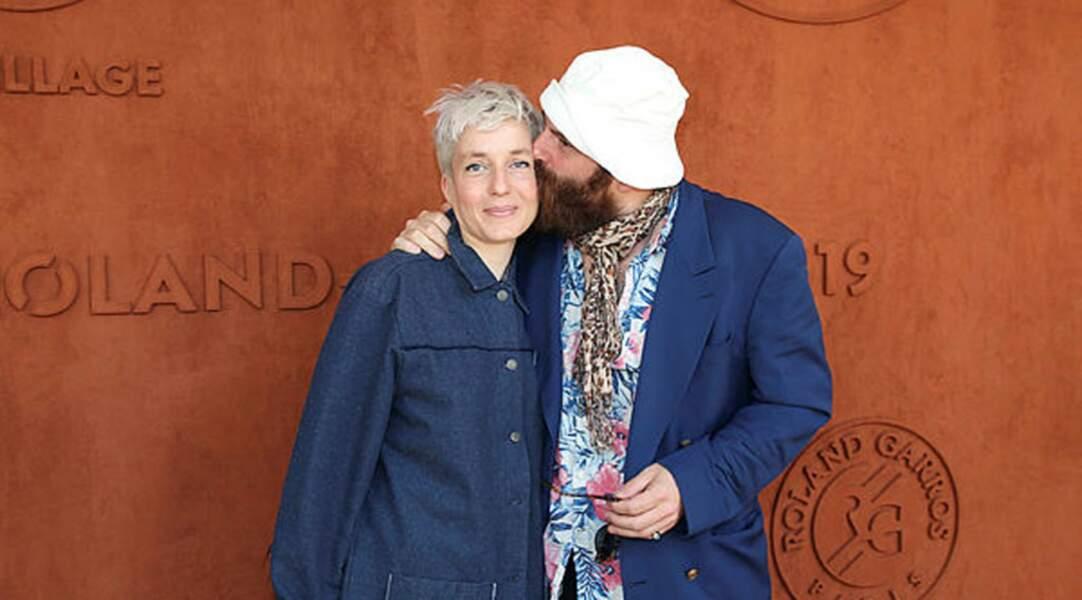 Jeanne Added et Thomas De Pourquery complices face aux photographes