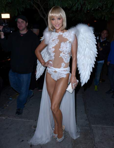 Joanna Kruoa au contraire est l'ange sexy qu'on aimerait devenir...