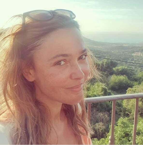 Sandrine Quétier profite de ses vacances en Corse