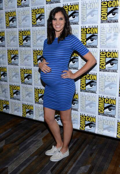 Daniela Ruah, bien enceinte, actrice dans NCIS Los Angeles