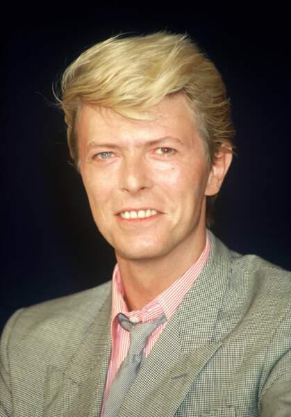 En 1996, David Bowie incarne le roi du pop Art…
