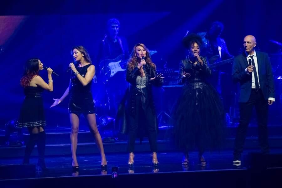 Pauline Ester, Sabrina, Julie Pietri et d'autres vedettes étaient au Zénith de Paris pour le show Stars 80 triomphe
