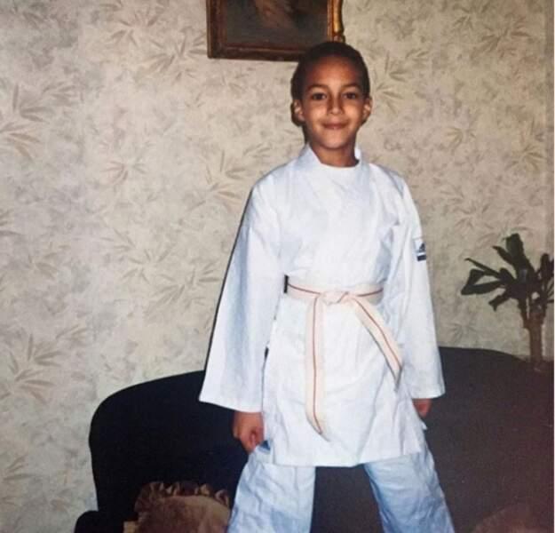 À moins que ce ne soit le judo qu'il pratiquait enfant
