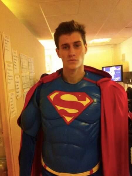 Jean-Baptiste Maunier déguisé... en Superman !