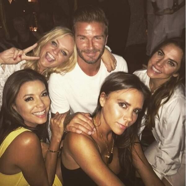 Entouré des Spice Girls et d'Eva Longoria, David est un chanceux !