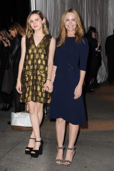 ... elle est venue avec sa fille Maude Apatow (qu'elle a eu avec Judd Apatow). Jolie non ?