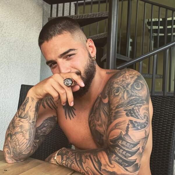 Et parfois on aimerait beaucoup être le cigare dans la bouche de Maluma.