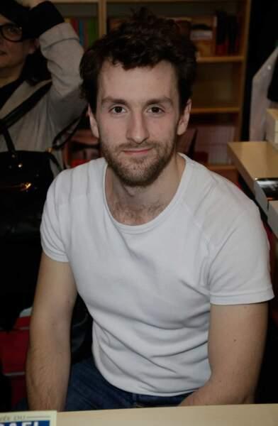 18ème place. Pablo Mira, le présentateur du Gorafi dans Le Grand Journal, fait son entrée dans le Top 100.