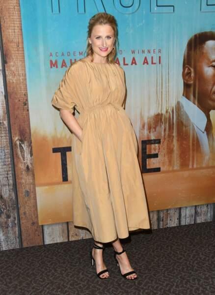 Difficile de ne pas reconnaître la fille de Meryl Streep : Mamie Gummer, une actrice déjà confirmée.